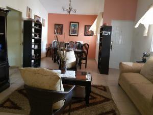 Casa En Ventaen Arraijan, Vista Alegre, Panama, PA RAH: 20-3575
