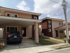 Casa En Alquileren Panama, Brisas Del Golf, Panama, PA RAH: 20-3622
