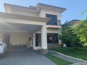 Casa En Alquileren Panama, Clayton, Panama, PA RAH: 20-3683