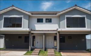 Casa En Ventaen Panama, Brisas Del Golf, Panama, PA RAH: 20-4155