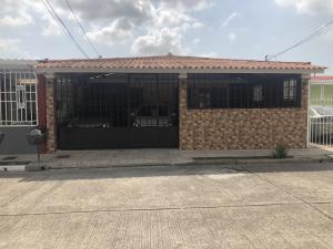 Casa En Ventaen Panama, Juan Diaz, Panama, PA RAH: 20-3811