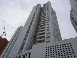 Apartamento En Ventaen Panama, Carrasquilla, Panama, PA RAH: 20-3836
