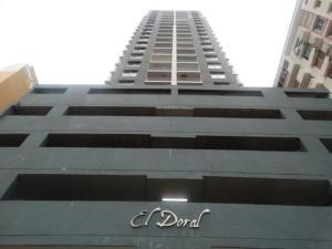 Apartamento En Alquileren Panama, 12 De Octubre, Panama, PA RAH: 20-3961