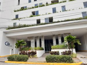 Apartamento En Ventaen Panama, San Francisco, Panama, PA RAH: 20-4266