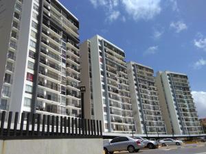 Apartamento En Ventaen Panama, Ricardo J Alfaro, Panama, PA RAH: 20-4294