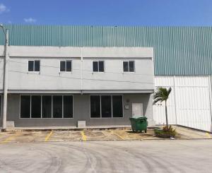 Galera En Alquileren Panama, Pacora, Panama, PA RAH: 20-2429