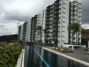 Apartamento En Ventaen Panama, Altos De Panama, Panama, PA RAH: 20-4494