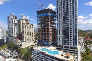 Apartamento En Ventaen Panama, El Dorado, Panama, PA RAH: 20-4800