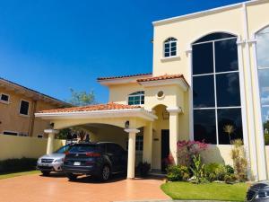 Casa En Alquileren Panama, Clayton, Panama, PA RAH: 20-4656