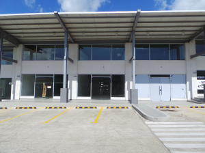 Local Comercial En Ventaen Panama, Milla 8, Panama, PA RAH: 20-4690
