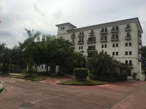 Apartamento En Ventaen Panama, Albrook, Panama, PA RAH: 20-4957