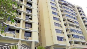 Apartamento En Ventaen Panama, El Dorado, Panama, PA RAH: 20-5120