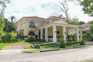 Casa En Ventaen Panama, Clayton, Panama, PA RAH: 20-5258