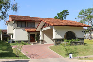 Casa En Ventaen Panama, Clayton, Panama, PA RAH: 20-5291