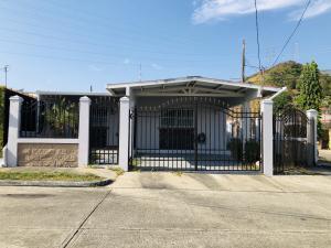 Casa En Alquileren Panama, Altos De Santa Maria, Panama, PA RAH: 20-5700