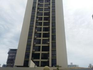 Apartamento En Ventaen Panama, El Carmen, Panama, PA RAH: 20-5826