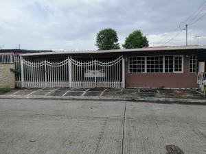 Casa En Ventaen Panama, Reparto Nuevo Panama, Panama, PA RAH: 20-5875