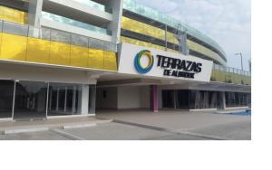 Consultorio En Ventaen Panama, Albrook, Panama, PA RAH: 20-6040