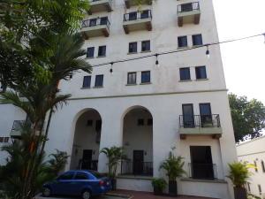 Apartamento En Ventaen Panama, Albrook, Panama, PA RAH: 20-6063