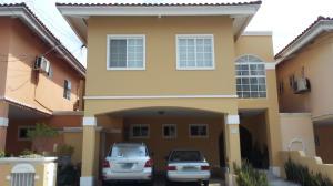 Casa En Ventaen Panama, Ricardo J Alfaro, Panama, PA RAH: 20-6167