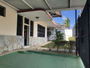 Casa En Alquileren Panama, La Alameda, Panama, PA RAH: 20-6183