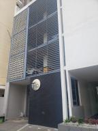 Apartamento En Ventaen Panama, El Carmen, Panama, PA RAH: 20-6200