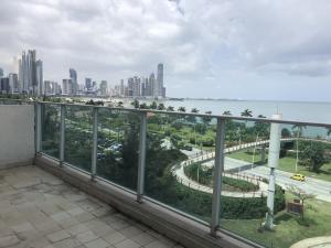 Apartamento En Ventaen Panama, Avenida Balboa, Panama, PA RAH: 20-6216
