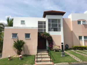Casa En Ventaen Rio Hato, Playa Blanca, Panama, PA RAH: 20-6290