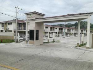 Casa En Ventaen Panama, Las Cumbres, Panama, PA RAH: 20-6671