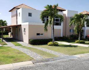 Casa En Alquileren Chame, Coronado, Panama, PA RAH: 20-6677