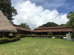 Casa En Ventaen San Carlos, San Carlos, Panama, PA RAH: 20-6809