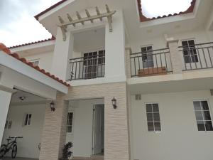 Casa En Ventaen Panama, Versalles, Panama, PA RAH: 20-7322