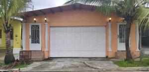 Casa En Ventaen Colón, Cristobal, Panama, PA RAH: 20-7437
