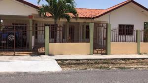 Casa En Ventaen Cocle, Cocle, Panama, PA RAH: 20-8127