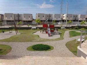 Casa En Alquileren Panama, Brisas Del Golf, Panama, PA RAH: 20-8162