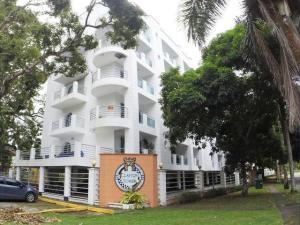 Apartamento En Ventaen Panama, Clayton, Panama, PA RAH: 20-8241