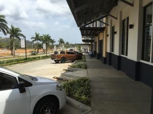 Local Comercial En Alquileren La Chorrera, Chorrera, Panama, PA RAH: 20-8391