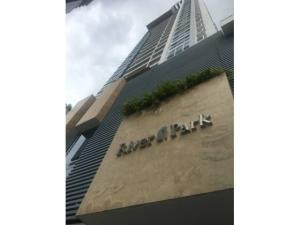 Apartamento En Ventaen Panama, Obarrio, Panama, PA RAH: 20-8430