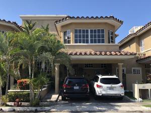 Casa En Ventaen Panama, Condado Del Rey, Panama, PA RAH: 20-8567