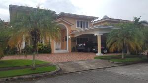 Casa En Ventaen Panama, Costa Del Este, Panama, PA RAH: 20-8621