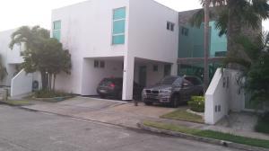 Casa En Alquileren Panama, Costa Sur, Panama, PA RAH: 20-8722
