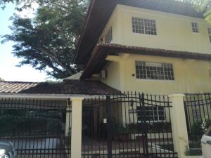 Casa En Alquileren Panama, Clayton, Panama, PA RAH: 20-8975