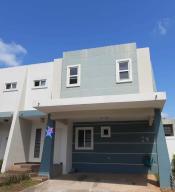 Casa En Ventaen Panama, Brisas Del Golf, Panama, PA RAH: 20-9185