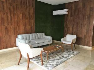 Apartamento En Alquileren Panama, San Francisco, Panama, PA RAH: 20-9501