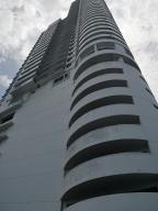 Apartamento En Ventaen Panama, San Francisco, Panama, PA RAH: 20-9596