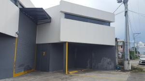 Galera En Alquileren Panama, Parque Lefevre, Panama, PA RAH: 20-9627