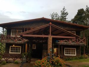 Townhouse En Ventaen Pacora, Cerro Azul, Panama, PA RAH: 20-9722