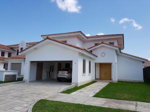 Casa En Alquileren Panama, Santa Maria, Panama, PA RAH: 20-10019