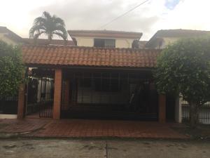 Casa En Ventaen Panama, Villa De Las Fuentes, Panama, PA RAH: 20-10128