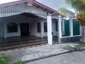 Casa En Ventaen San Miguelito, San Antonio, Panama, PA RAH: 20-10325
